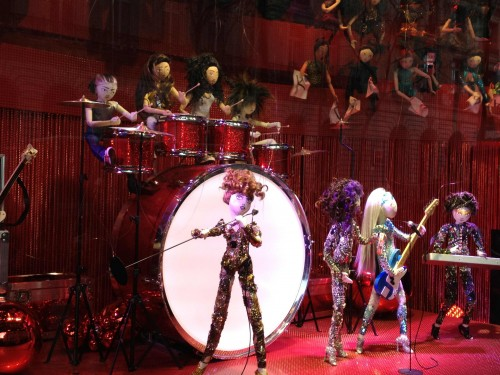 dancing dolls christmas window display gallaries lafayette paris