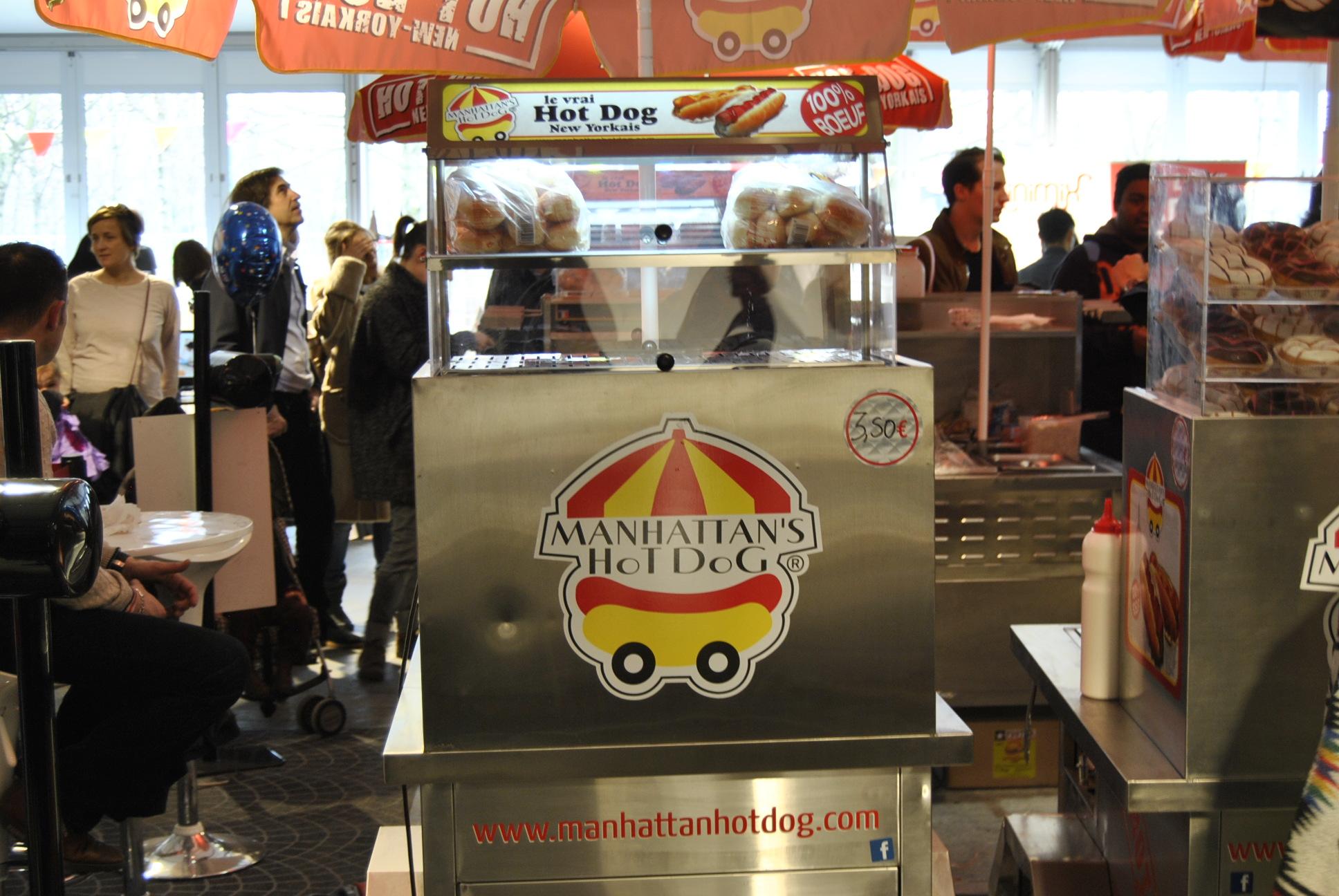 colette carnival hot dog