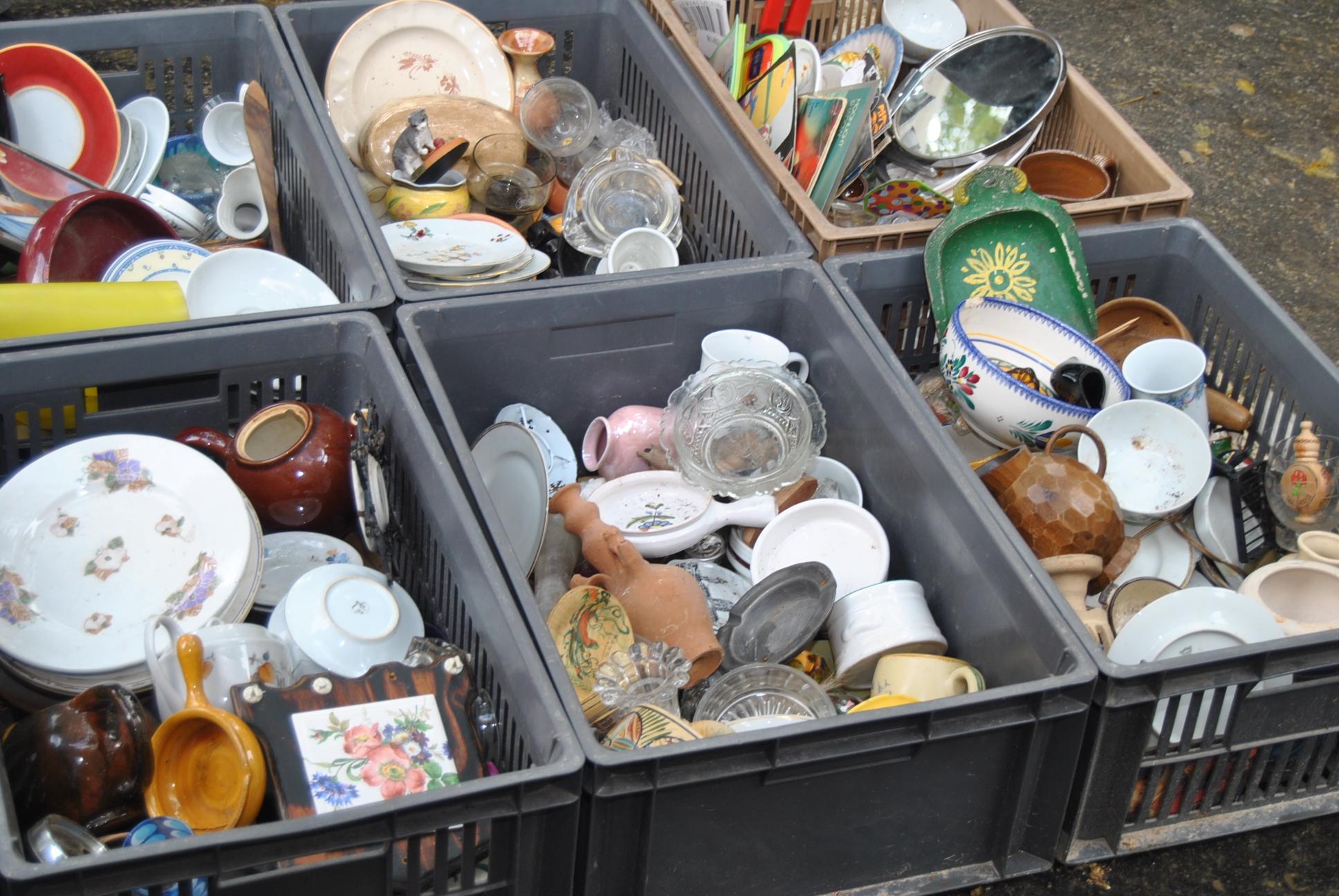 Flee Market Porcelain Paris