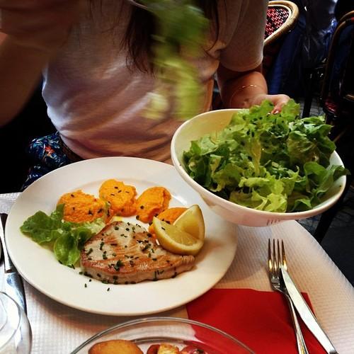 tuna steak cafe marie stuart montorgueil food photos menu