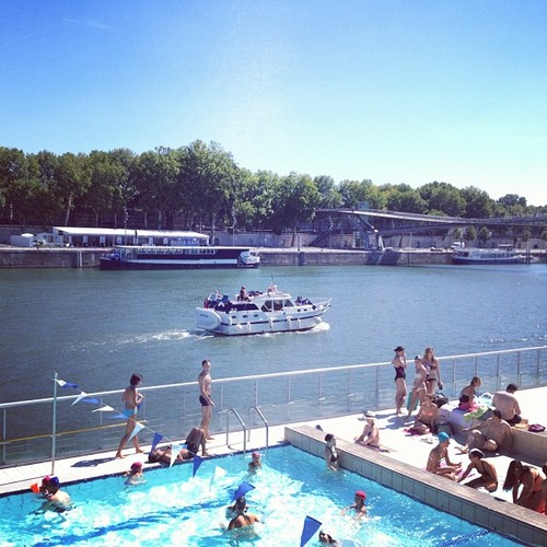 8 Outdoor Paris Pools To Cool Off
