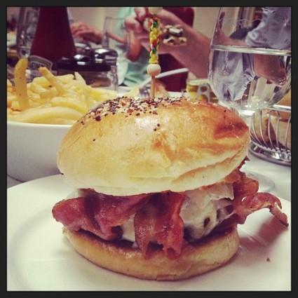 burger at hotel amour paris brunch