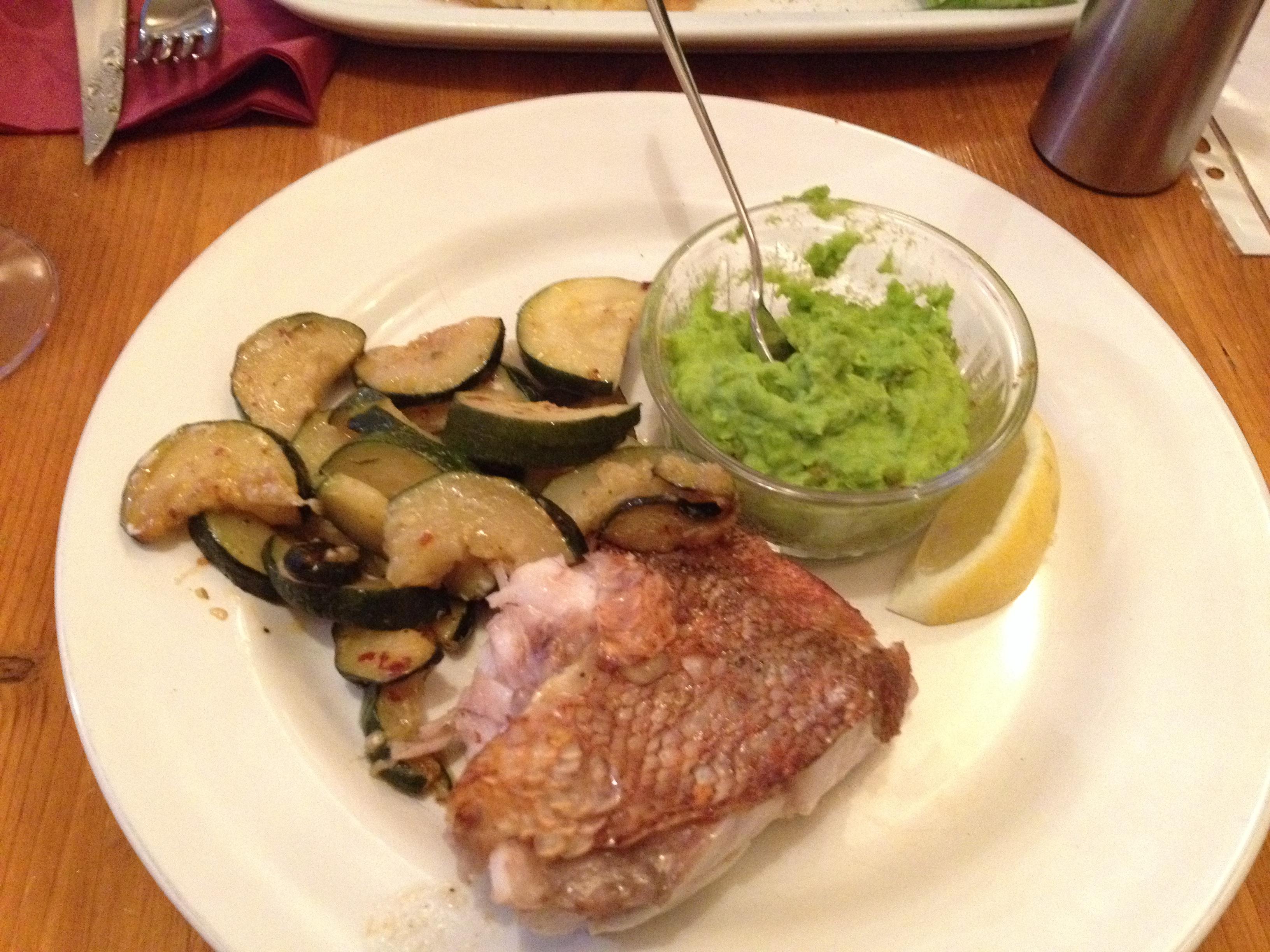 fish meal Autour dun verre paris