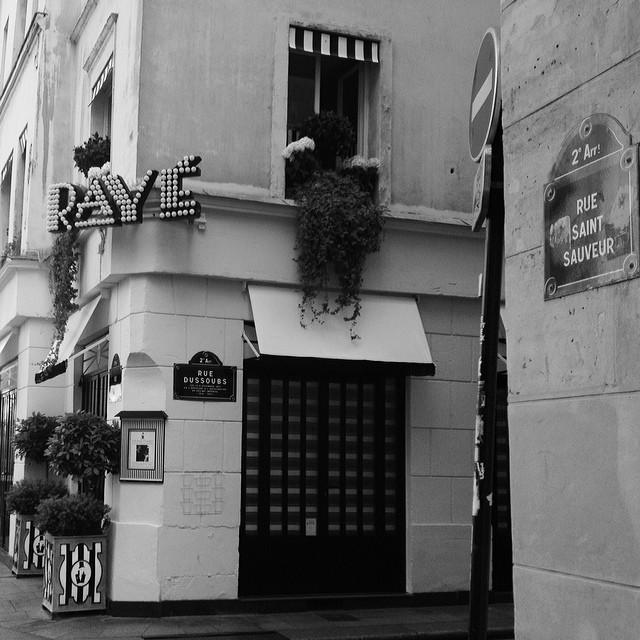 club raye paris review
