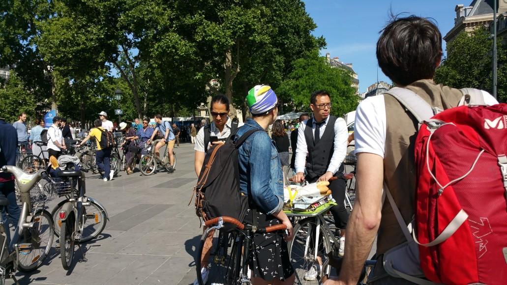 10 ride beret baguette vintage bicycle pais1