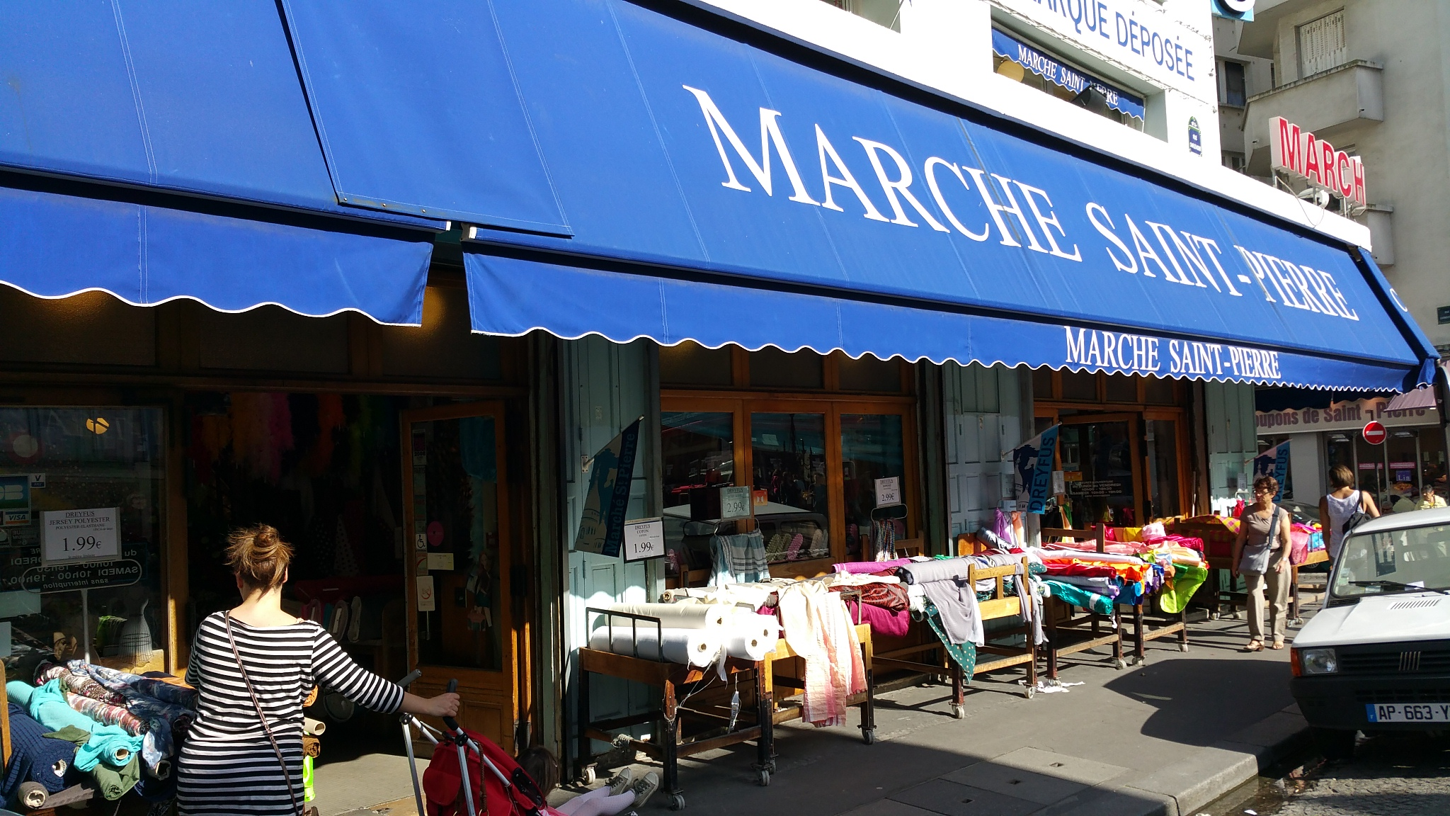 Things to do in montmartre paris my parisian life - Marche saint pierre paris ...