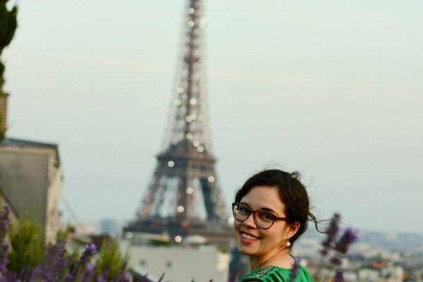 marie_eiffel tower2