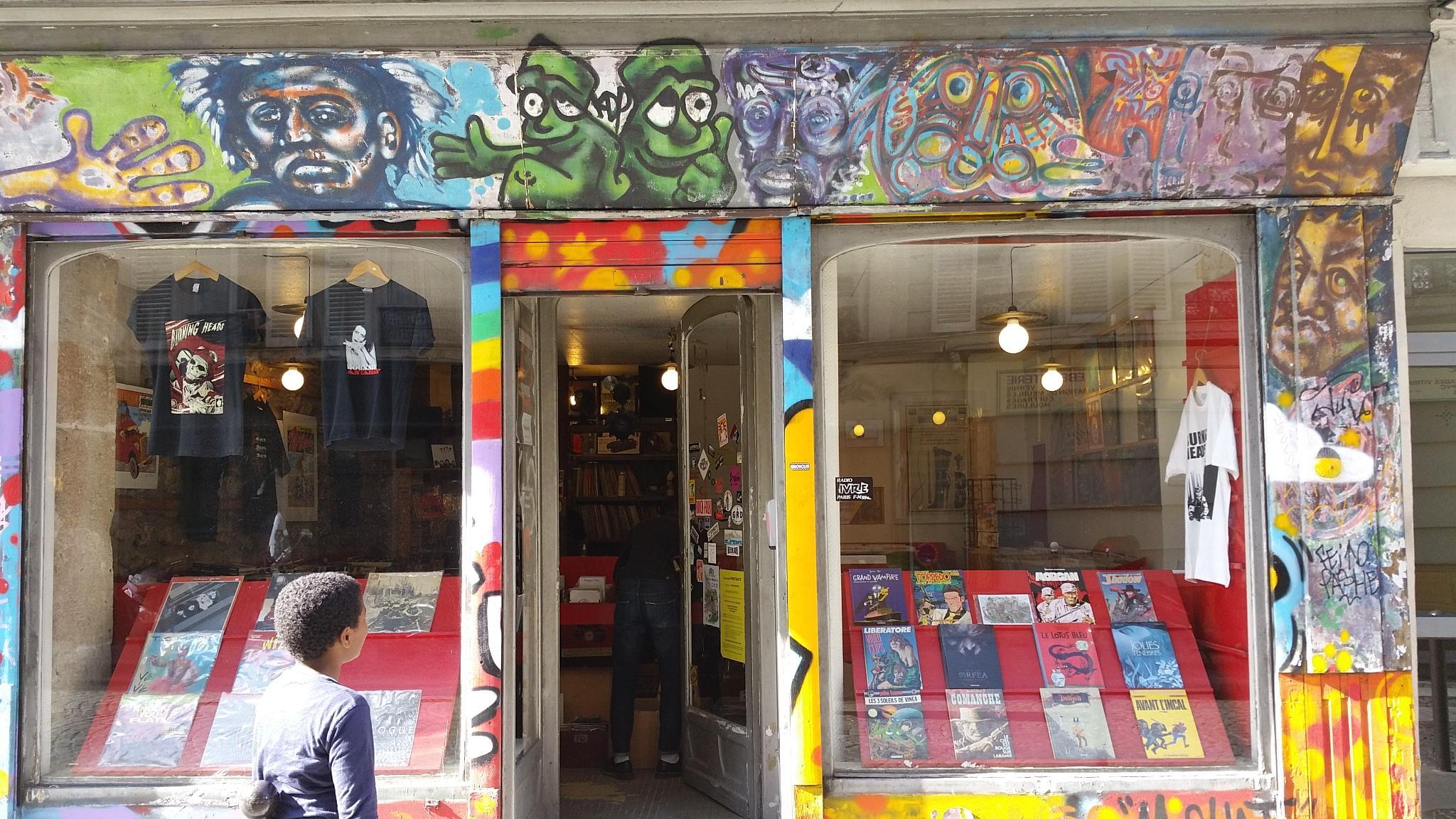 record shop paris montmartre