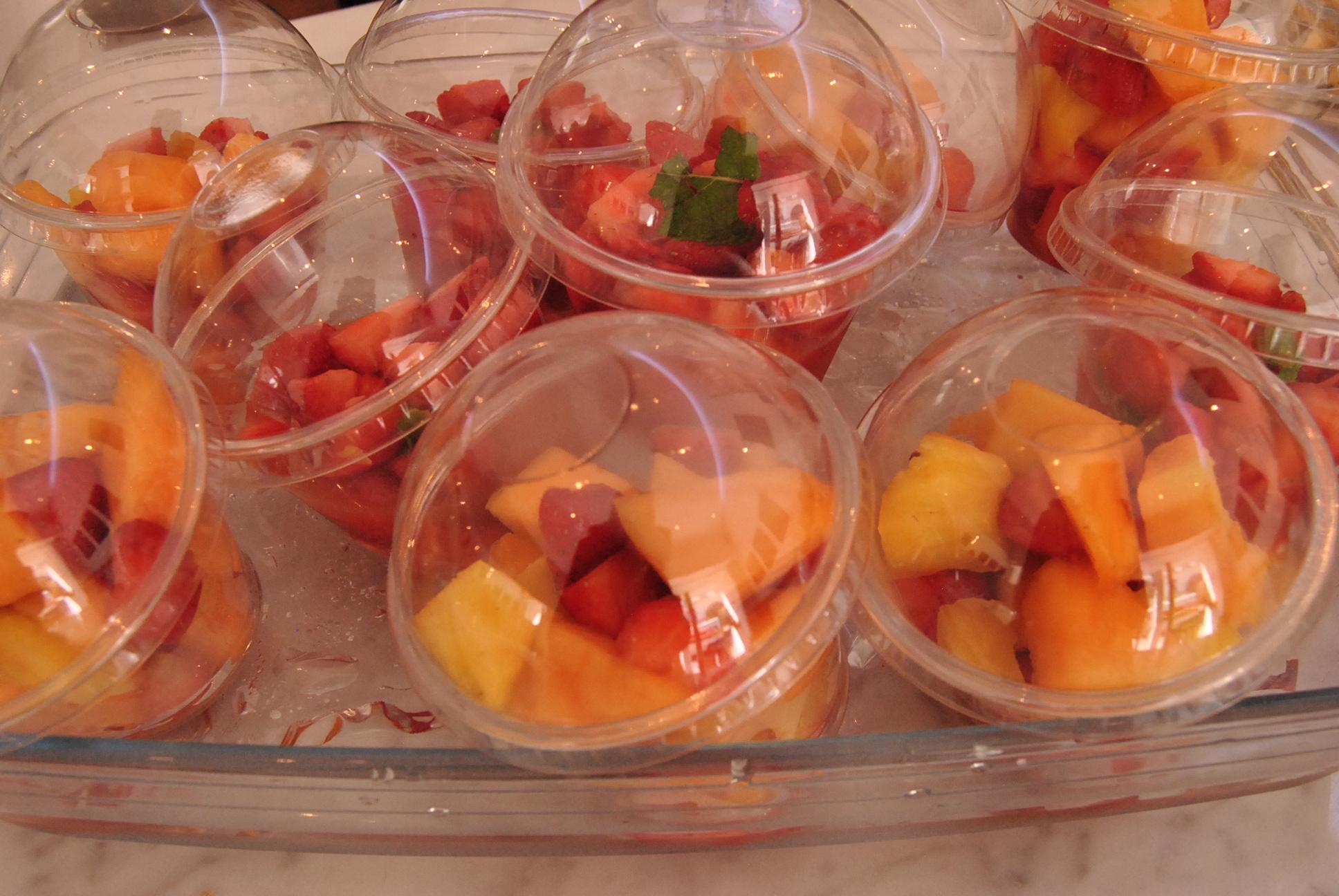 fresh fruits in paris