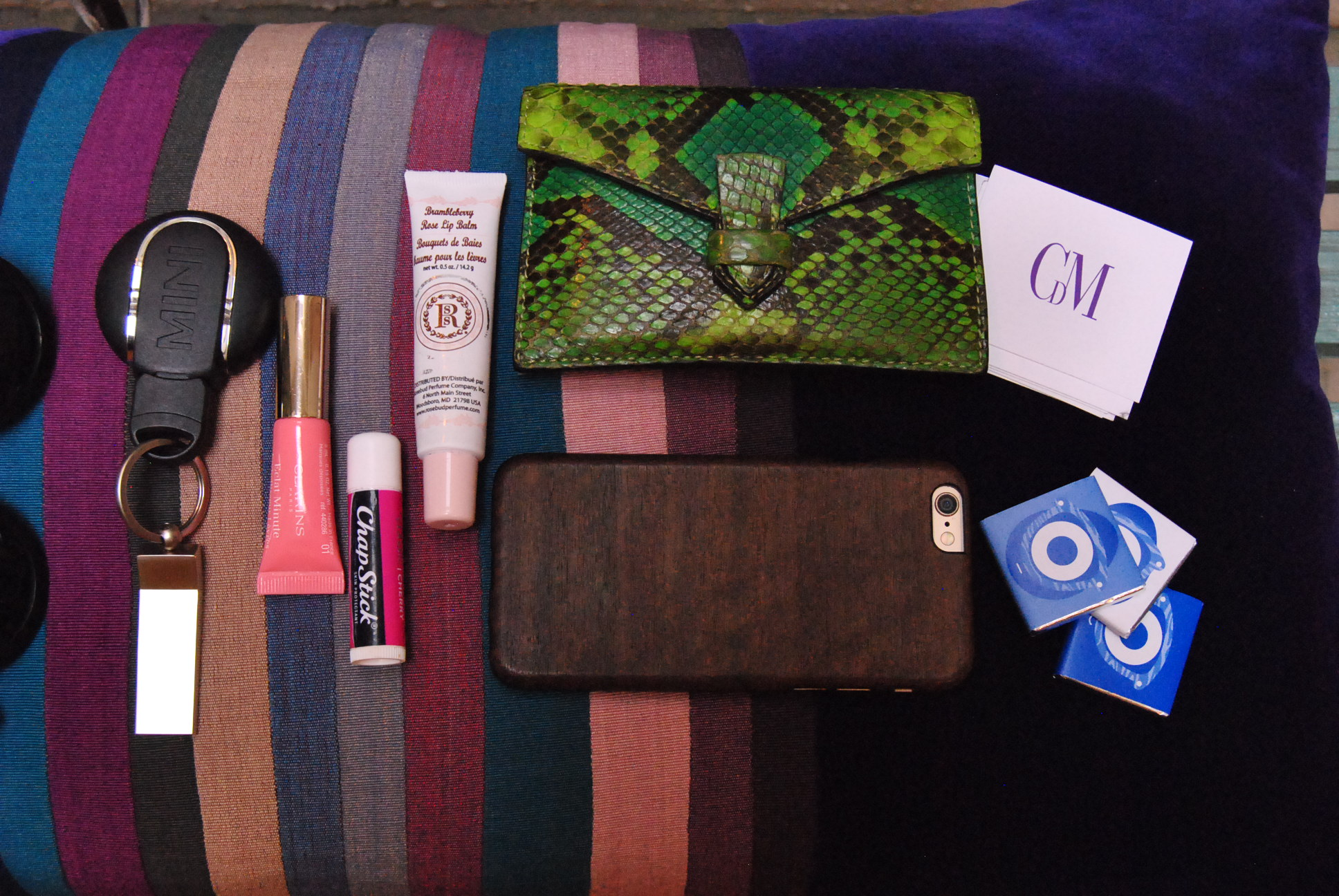 MINI CHAPSTICK COLETTE I PHONE IN HER BAG MYPARISIANLIFE
