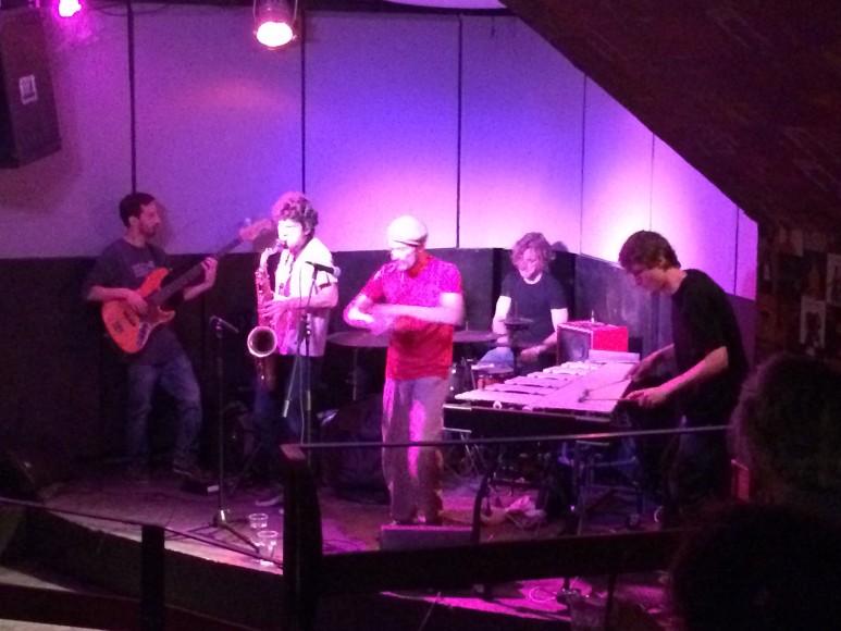 Concert at Les Disquaires