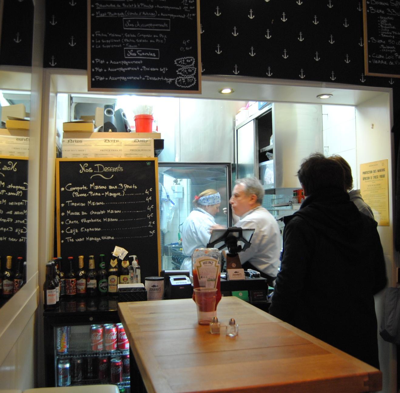 family restuarant paris montorguiel fish chips