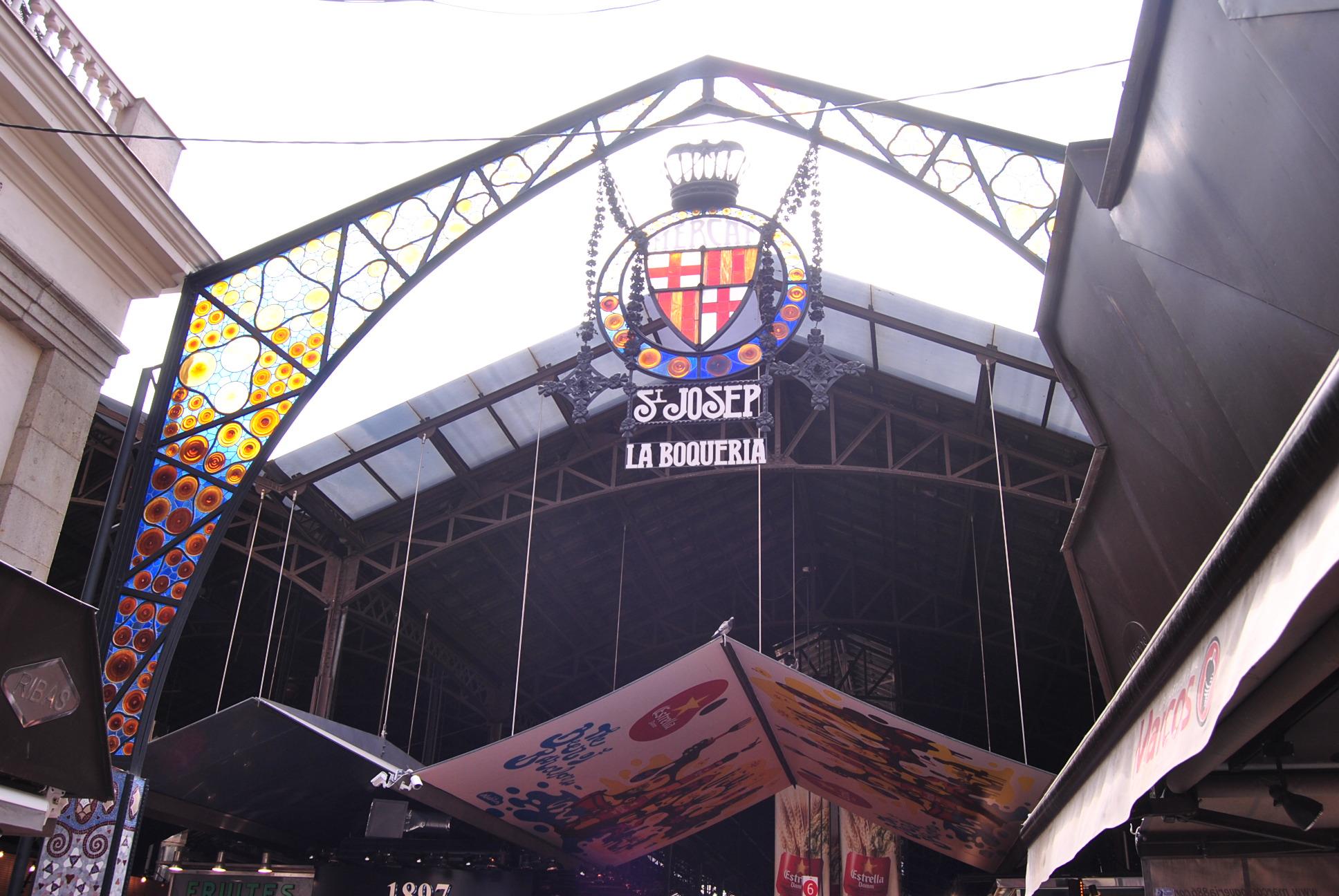 market shopping barcelona
