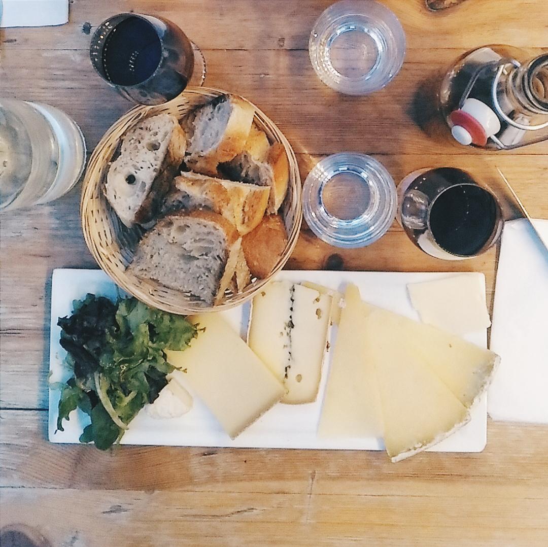 wine bar paris en vrac city guide blog