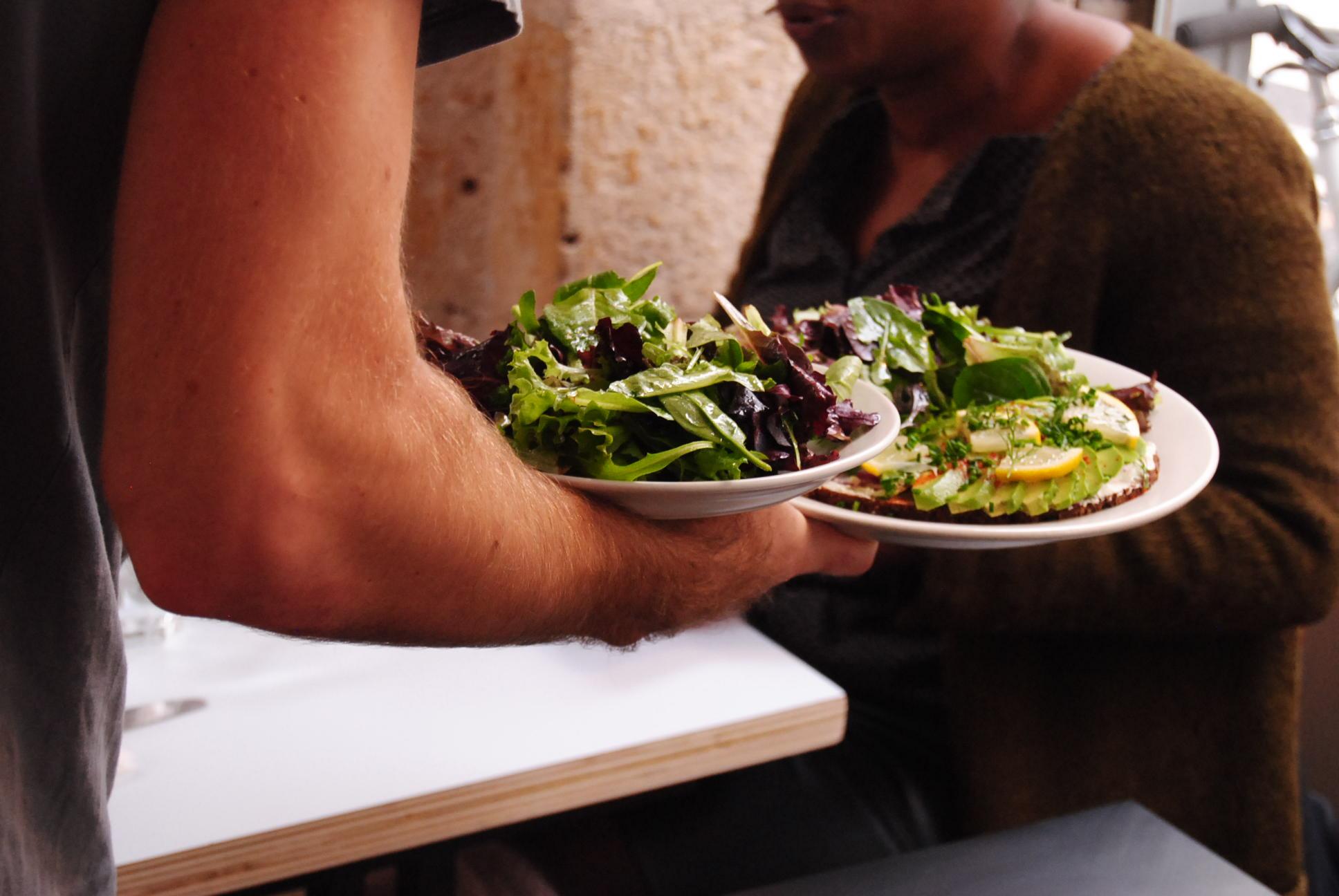 food-at-passager-cafe-paris