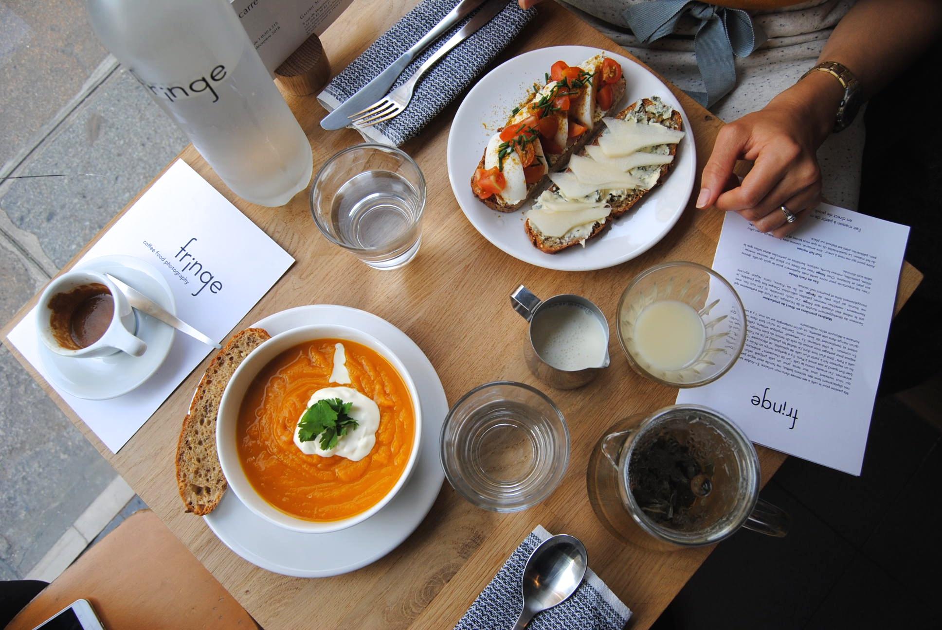 paris coffee blog - fringe coffee shop food marais
