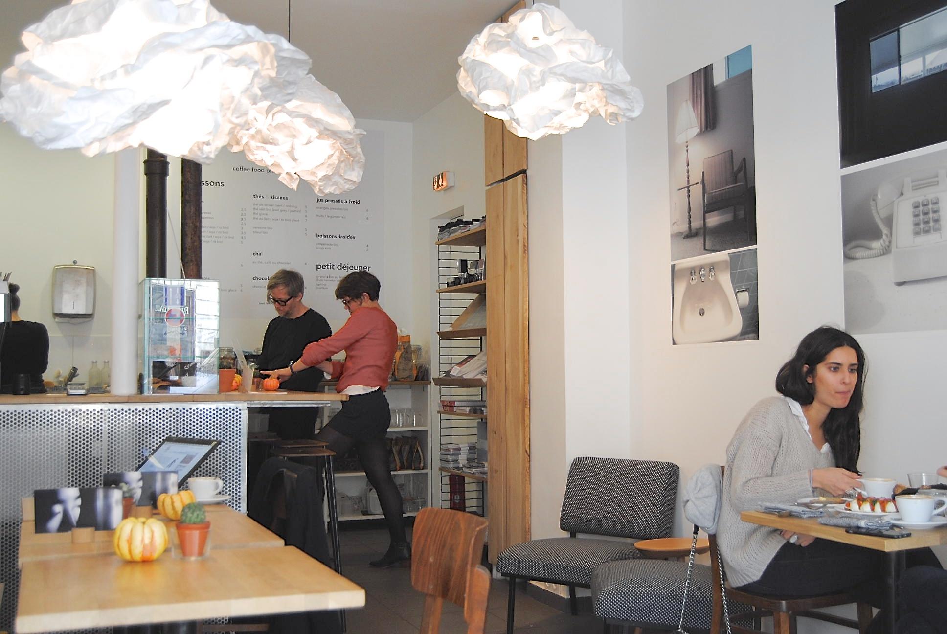 coffee shop vibes paris inside fringe