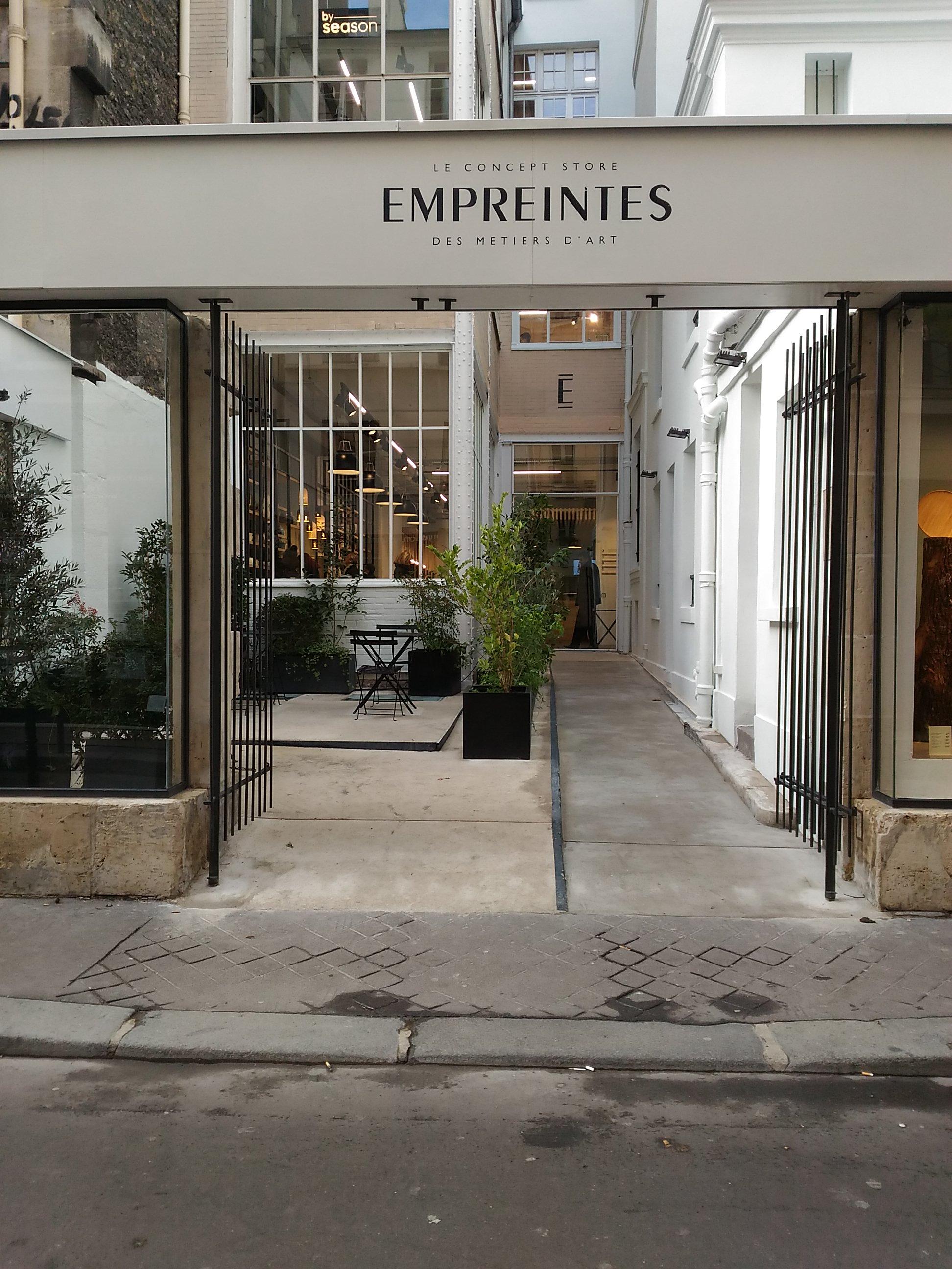empreintes art concept store 5 rue de picardie 75003. Black Bedroom Furniture Sets. Home Design Ideas