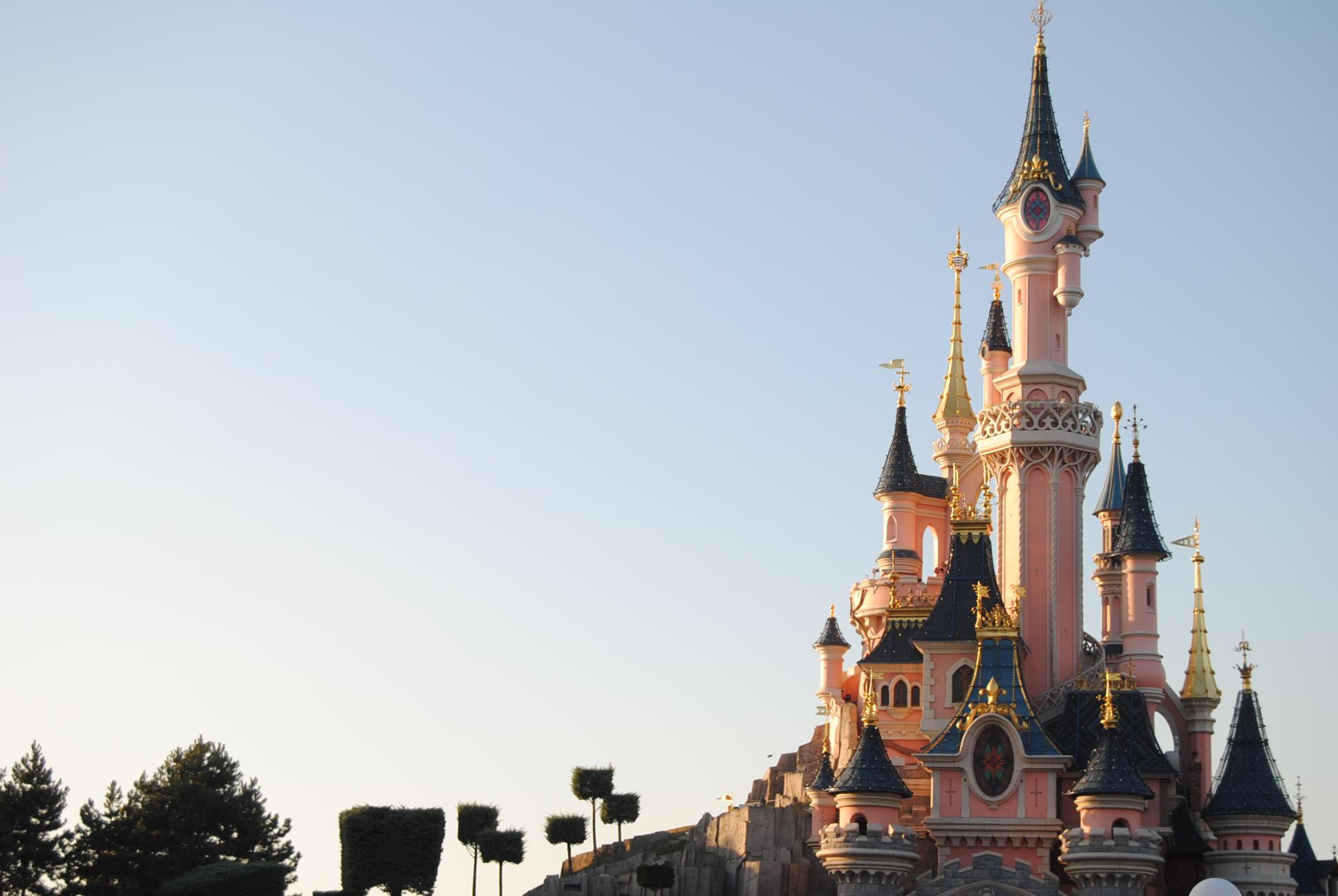 castle-disneyland-paris