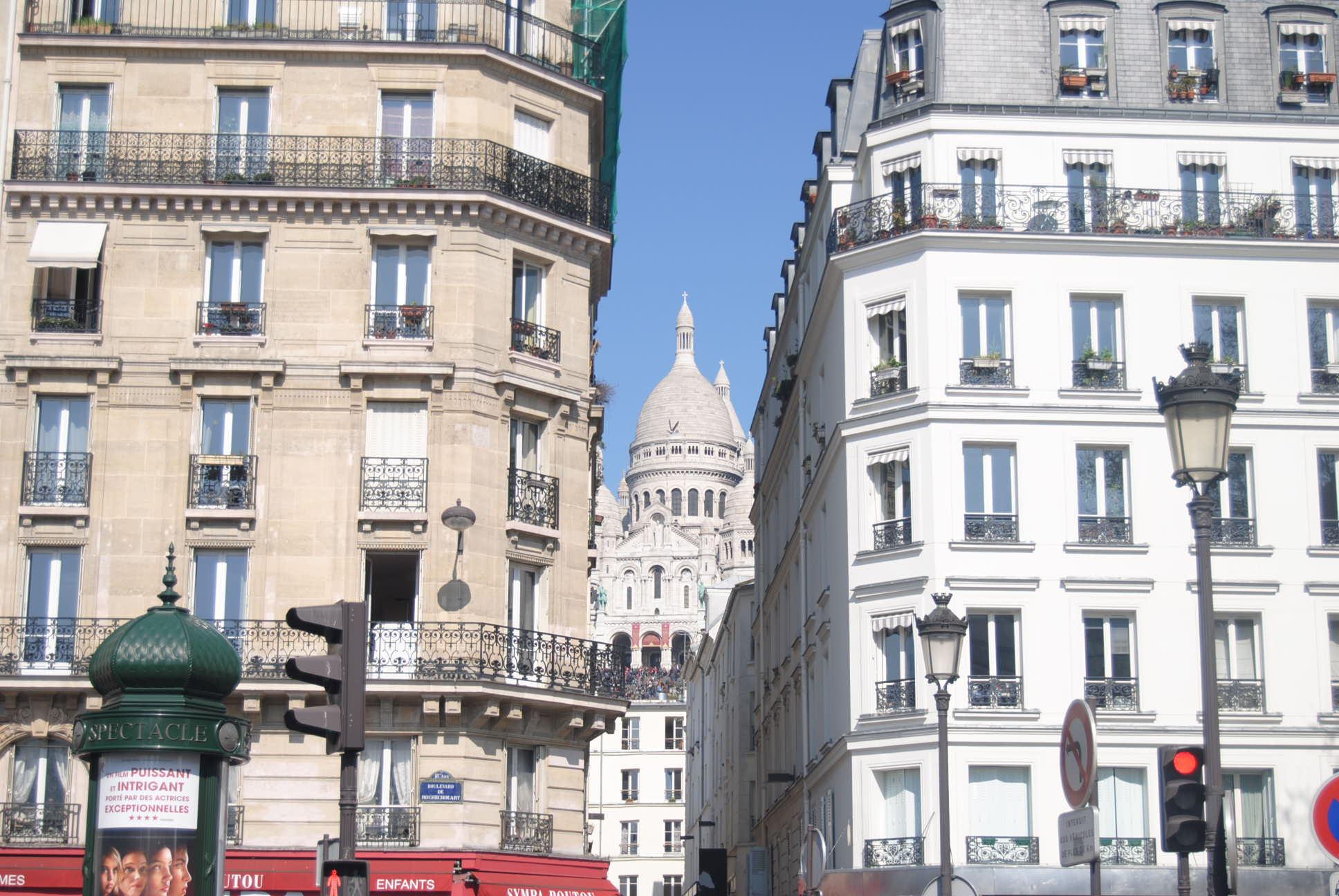 paris hotel review hotel avalon close to gare du nord 75010 my parisian lifemy parisian life. Black Bedroom Furniture Sets. Home Design Ideas