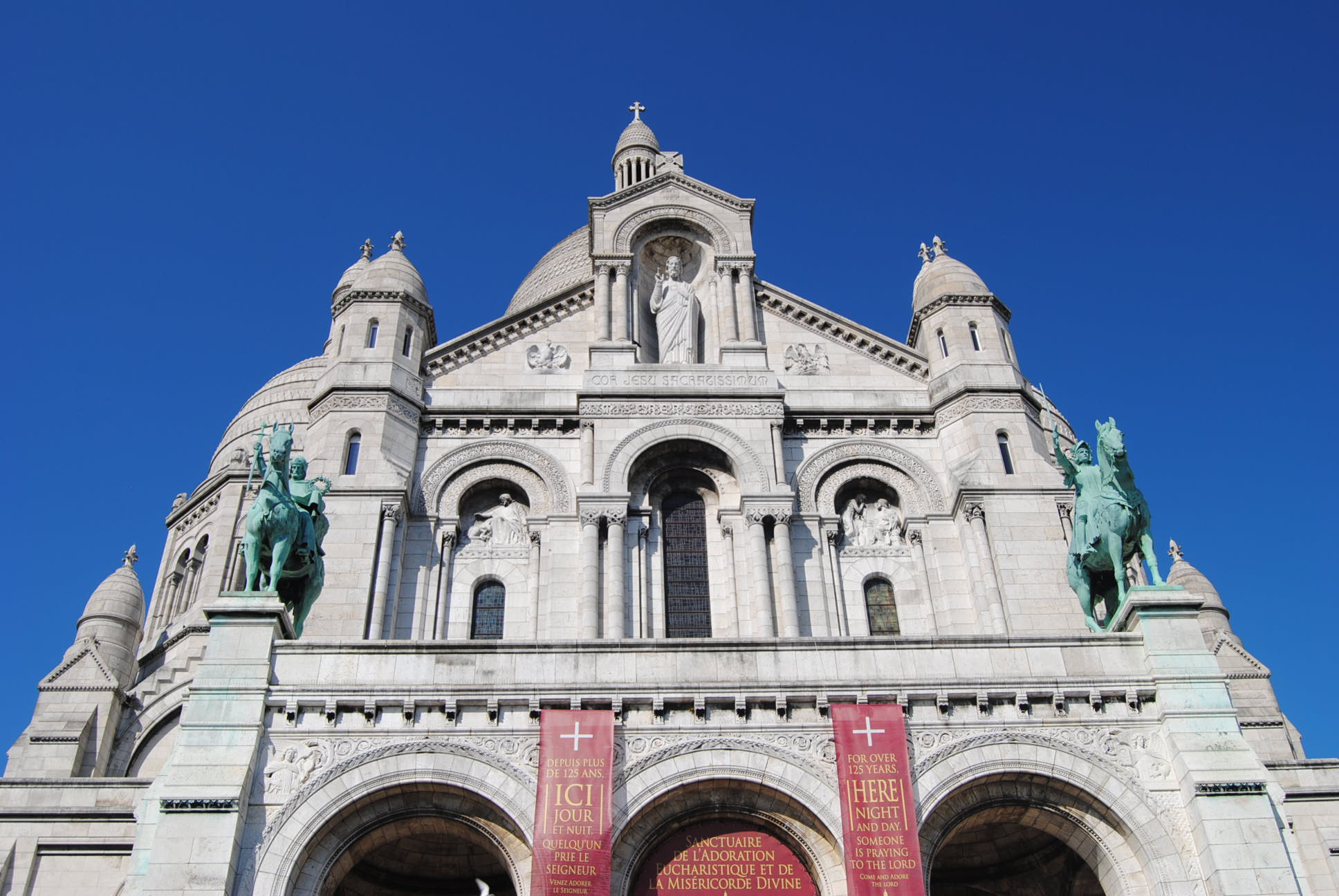 photo-of-sacre-coeur-hotel-avalon-paris-my-parisian-life-blog-review