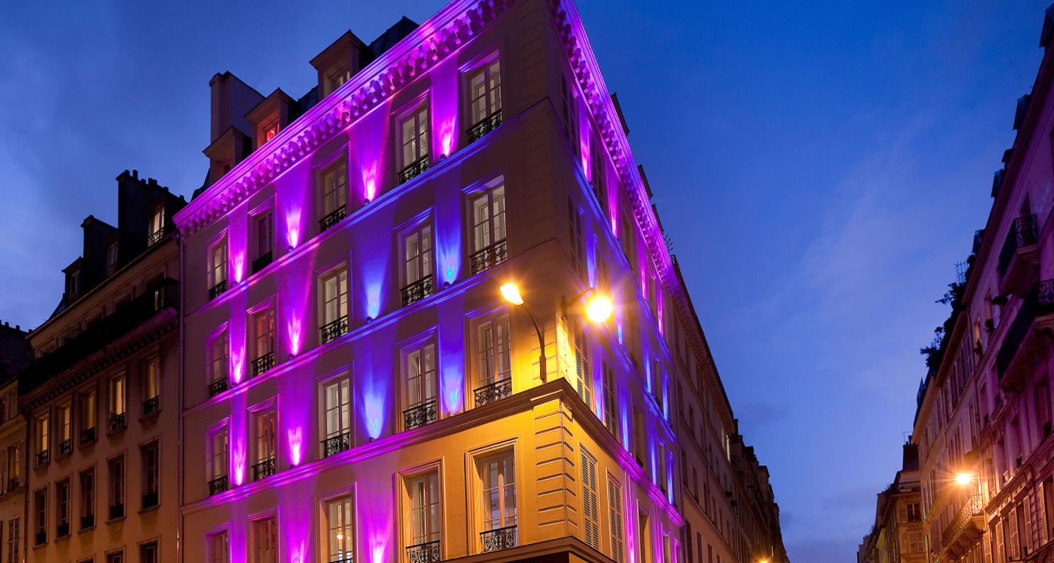 Stay in paris hotel design secret paris 75009 pigalle for Hotel design secret