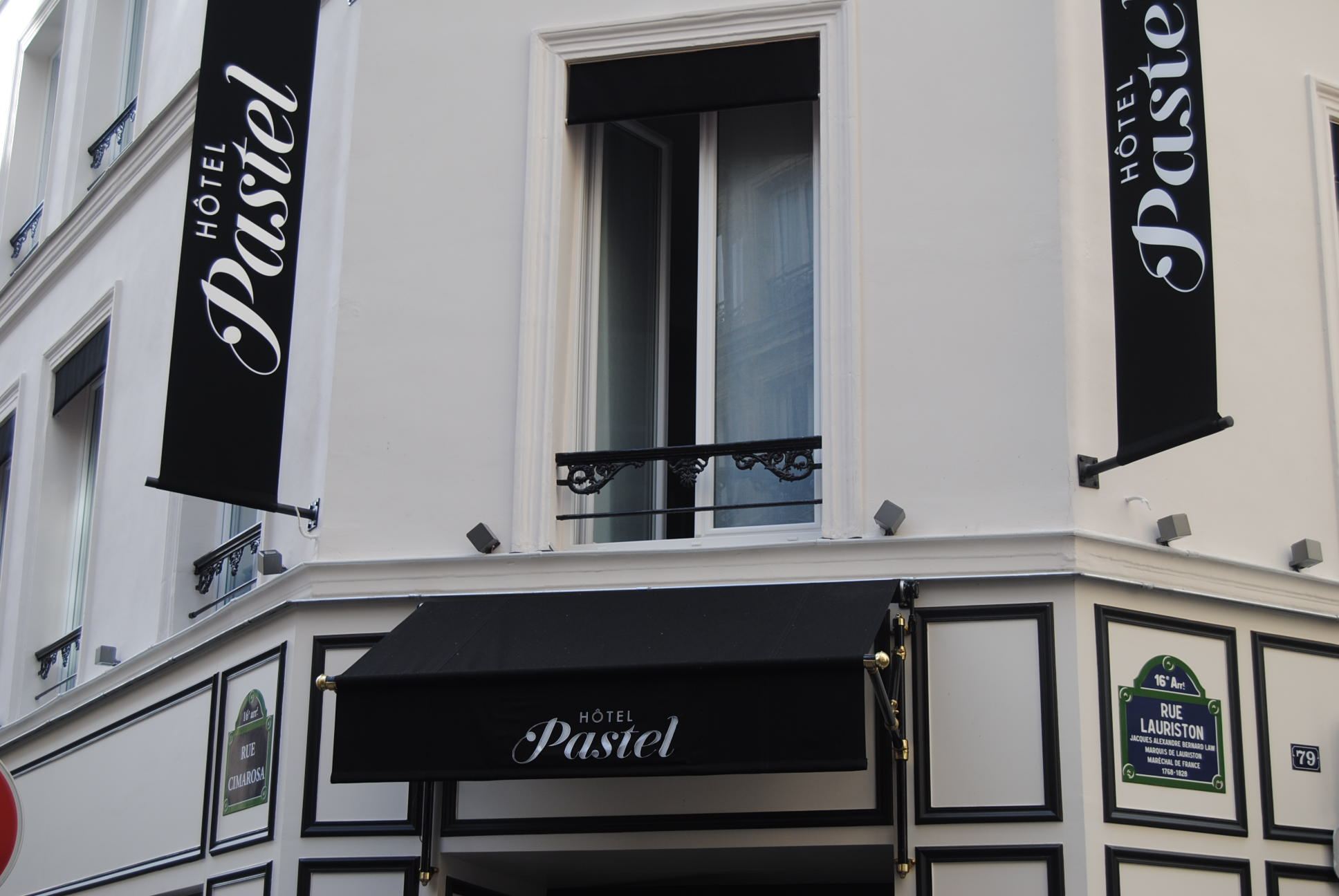 review hotel pastel paris