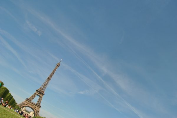 eifel tower sunny